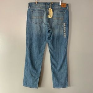 NWT Lucky Brand Sweet N Straight Jeans